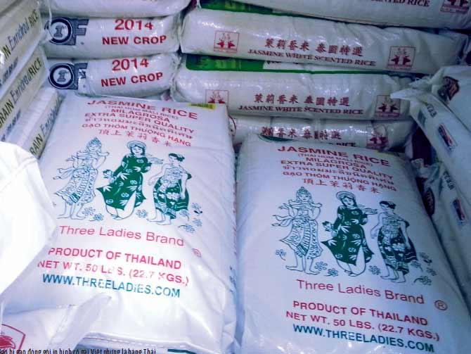 Bao bì gạo đóng gói in hình cô gái Việt nhưng là hàng Thái.