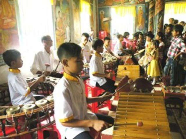 Lớp học dạy nhạc ngũ âm của nghệ nhân Danh Thiên.
