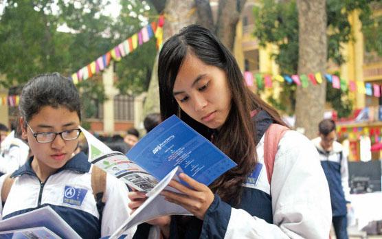 Nguyễn Thị Thu Huyền  Giảng viên khoa tâm lý – giáo dục,  ĐH Sư phạm TP.HCM