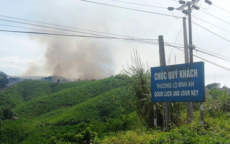 Đám cháy do đốt thực bì hôm 22.5 đã cơ bản được khống chế.