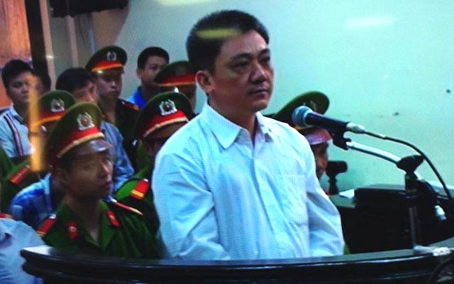 Bị cáo Trần Văn Dũng đã thuật lại quá trình giúp đưa Dương Chí Dũng đi trốn.
