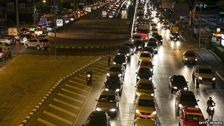 Đường phố Bangkok nhìn chung vẫn ổn định sau cuộc đảo chính