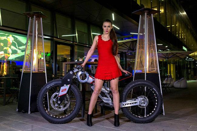 moto parilla carbon: xe dap dien the thao chinh phuc reo cao hinh anh 11