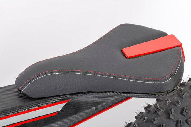 moto parilla carbon: xe dap dien the thao chinh phuc reo cao hinh anh 13
