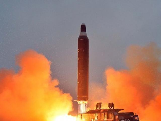 Triều Tiên thử tên lửa ngay sau khi Mỹ kêu gọi trừng phạt