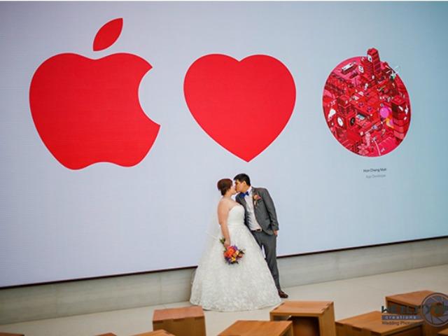 Apple Store ở Singapore biến thành… studio chụp ảnh cưới