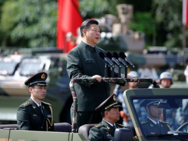 Quân đội TQ phá vỡ quy tắc 30 năm với ông Tập ở Hong Kong