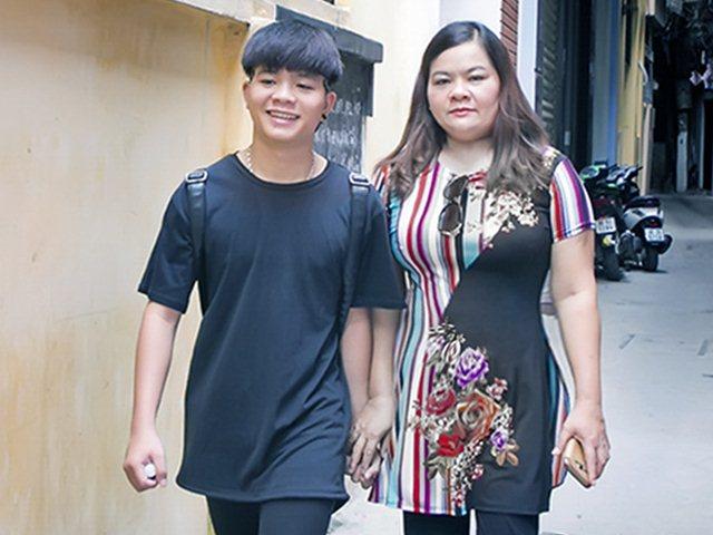 """Mẹ Quang Anh The Voice Kid: """"Cát-xê giảm 5 lần làm gì có tiền phẫu thuật thẩm mỹ"""""""