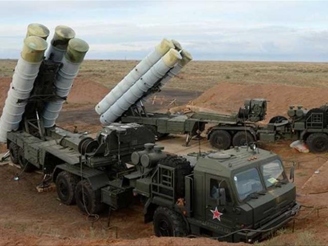"""Nga tính giao """"rồng lửa"""" S-300 cho Syria, đồng minh Mỹ hốt hoảng"""