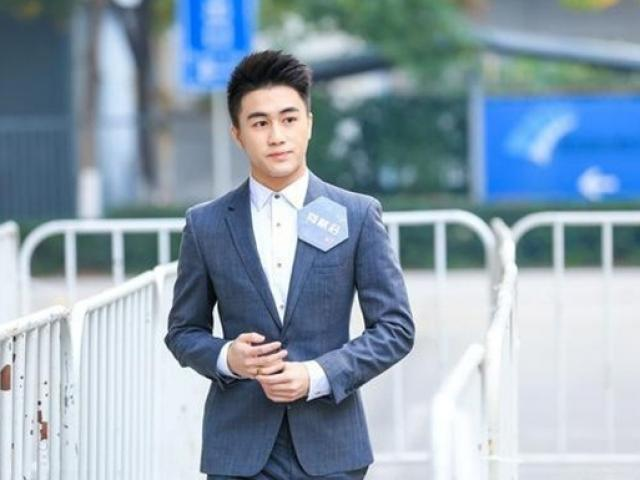 """Đẹp trai, tài giỏi, giàu, """"cậu ấm"""" của ông vua sòng bài Macau khiến nhiều người ghen tị"""