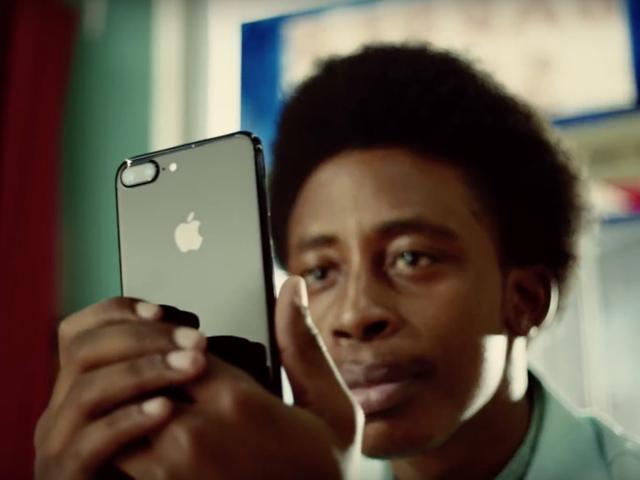 Quảng cáo iPhone 7 Plus giật giải quảng cáo xuất sắc nhất