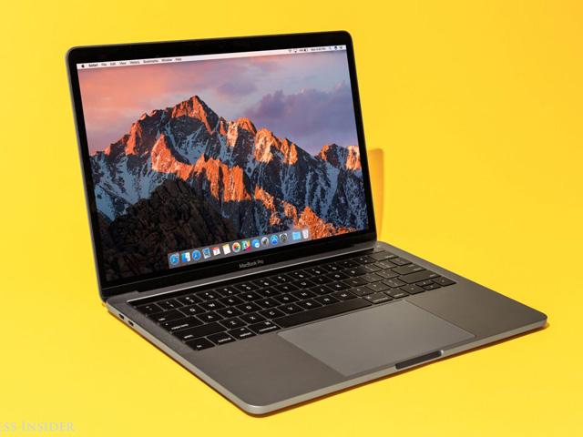 Gấp đến mấy cũng không nên mua MacBook lúc này