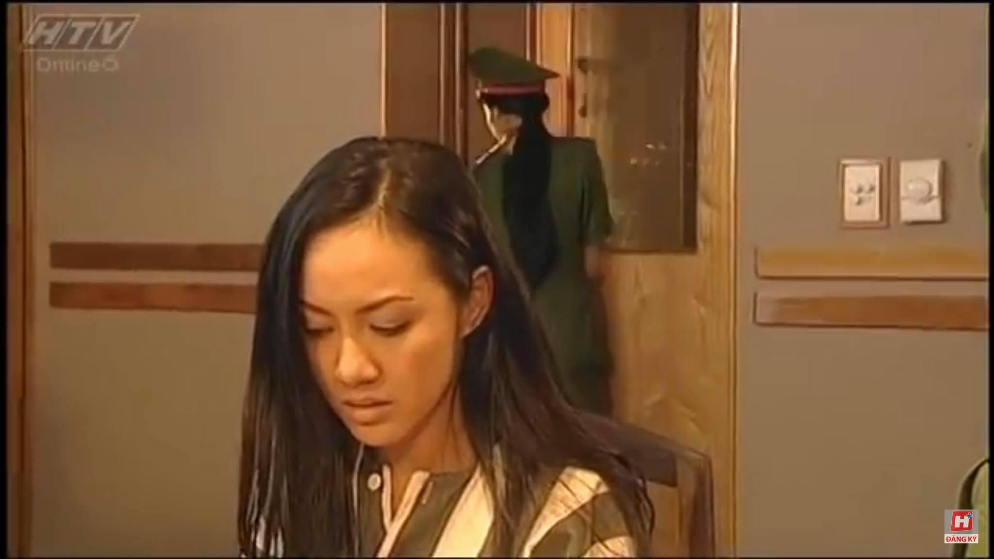 """BTV Hoài Anh hé lộ ảnh hiếm thời đóng vai """"bà trùm"""" tù tội cách đây gần 20 năm gây ngỡ ngàng - Ảnh 8."""