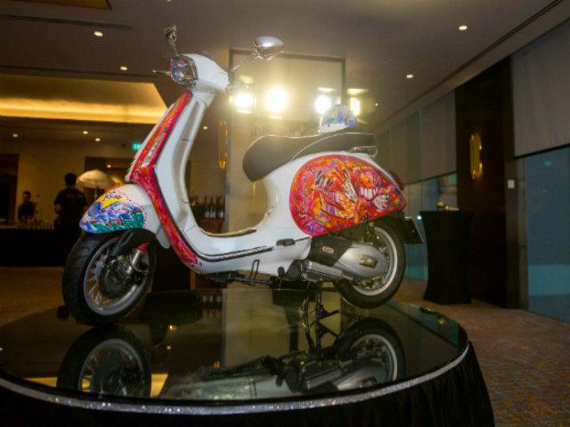 Mãn nhãn tuyệt phẩm Vespa Sprint giá 593 triệu đồng của họa sĩ Việt