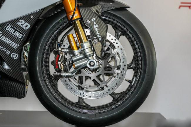 ngam tuyet pham 2018 bmw motorrad hp4 race gia 2,8 ty dong hinh anh 11