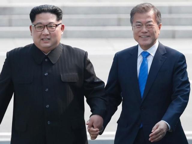 Kim Jong-un bất ngờ gặp Tổng thống Hàn Quốc lần hai