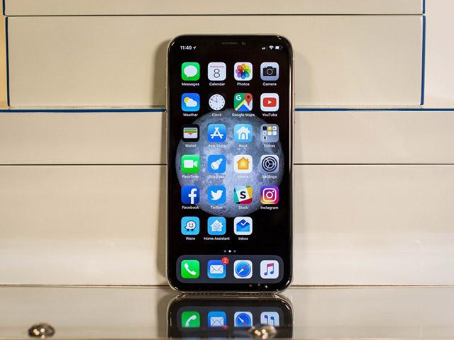 Tại sao thiết kế notch trên iPhone X đẹp hơn trên Android?