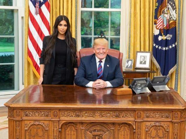 Trump bất ngờ gặp Kim, nhưng không phải Kim Jong-un