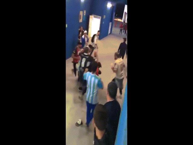 Đánh dã man CĐV Croatia, CĐV Argentina bị đuổi về nước