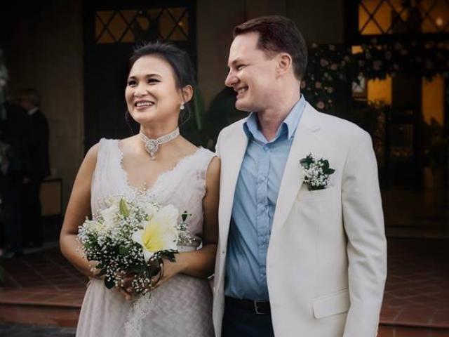 Chồng cũ của ca sỹ Hồng Nhung bất ngờ cưới vợ mới sau nửa năm ly hôn