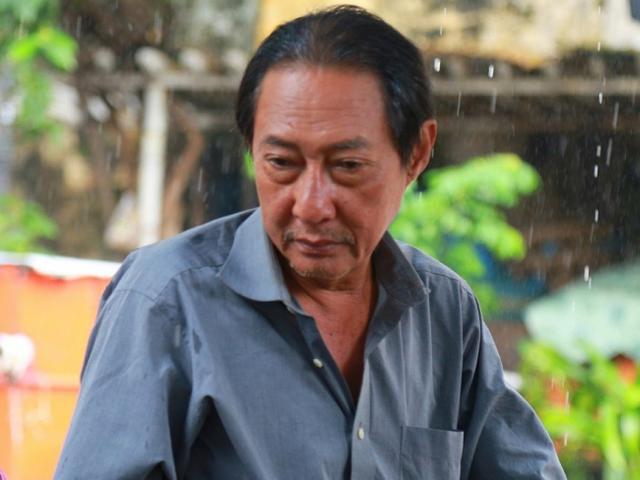 Nghệ sĩ Lê Bình rơi vào tình trạng nguy hiểm, liệt nửa người