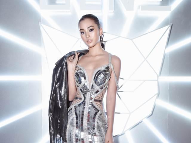 Tiểu Vy diện váy khoét eo, trang điểm lạ mắt tại Tuần lễ thời trang