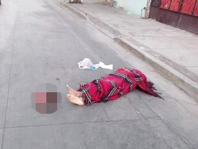 Băng đảng Mexico đại chiến, xác người không đầu nằm rải rác trên đường phố