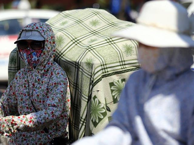 Muốn không bị đột quỵ, sốc nhiệt vì nắng nóng, mọi người cần biết điều này