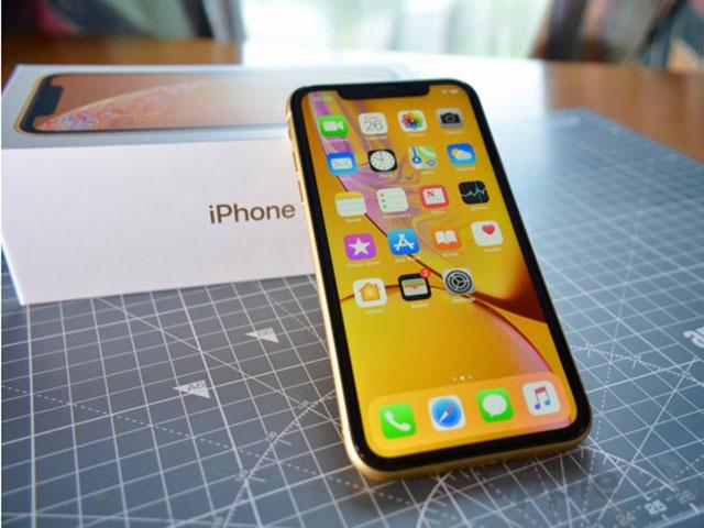 """iPhone XR tiếp tục """"xưng vương"""" thị trường smartphone lớn nhất thế giới"""