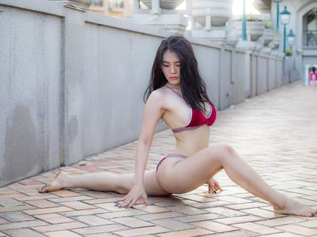 Ngây ngất với bộ ảnh mặc bikini tập yoga quá sexy của cô gái Biên Hòa