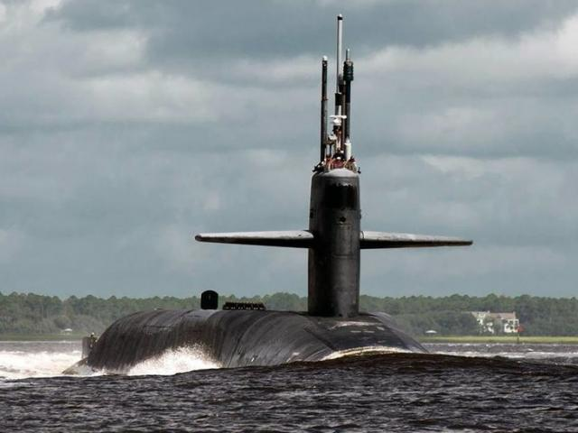 """""""Danh sách cưỡng hiếp"""" các nữ thủy thủ trên tàu ngầm hạt nhân Mỹ"""