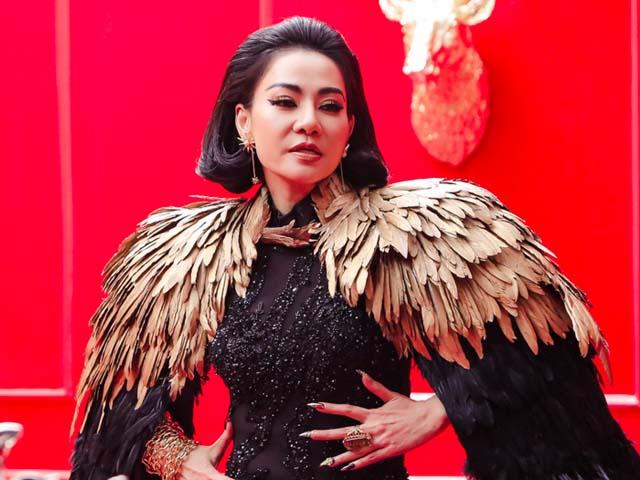 """Thu Minh gây tranh cãi vì tự gọi mình là """"Diva"""""""