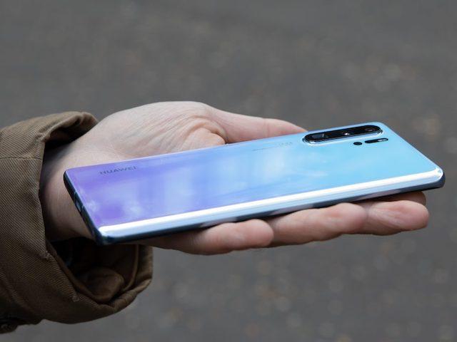 Những thông tin mới nhất mà người dùng smartphone Huawei phải biết