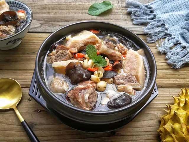Mùa sầu riêng ăn xong đừng ném vỏ, thử làm ngay món canh tuyệt vời này