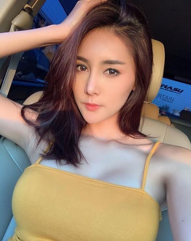 kieu ao nay co gi dac biet ma phu nu thai thuong dien tu nha ra duong? hinh anh 13