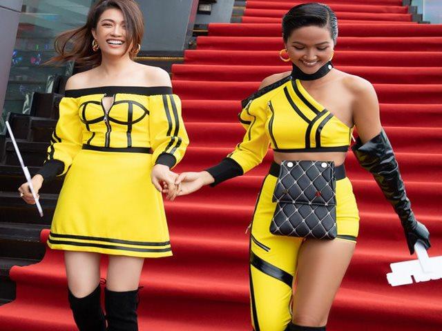 """Mốt quần """"thương binh"""" của H'Hen Niê được Sơn Tùng mặc từ 3 năm trước"""