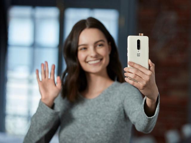"""""""Kẻ hủy diệt"""" OnePlus 7 Pro sẽ có thêm màu vàng hạnh nhân mới"""