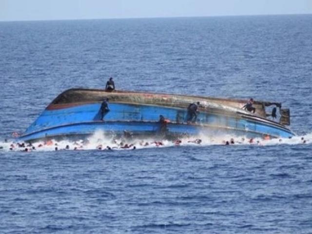 Manila giận dữ lên án tàu cá TQ đâm chìm tàu Philippines, cảm ơn VN cứu ngư dân