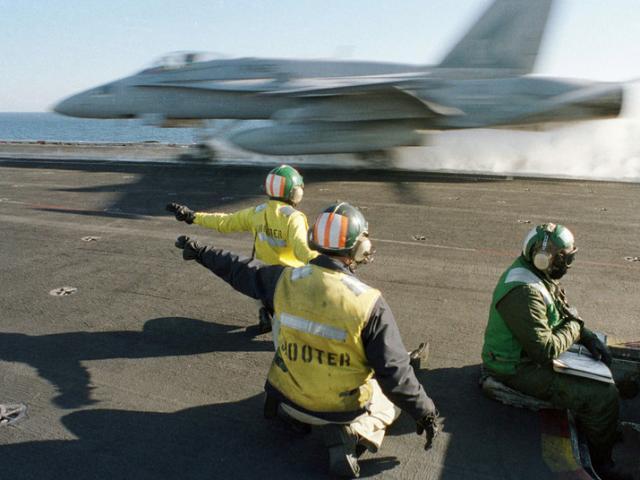 Mỹ sắp ồ ạt ném bom cơ sở hạt nhân của Iran sau vụ tàu dầu bị tấn công?