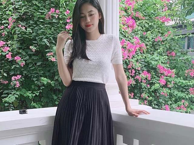 Á hậu Thanh Tú khoe eo thon khó tin với váy midi chỉ 1 tuần sau sinh