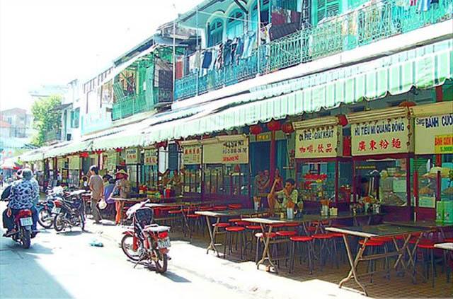Dạo hàng ẩm thực Chợ Lớn 1