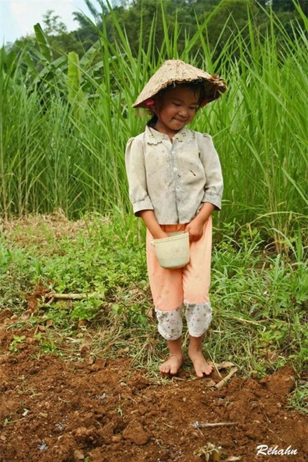 Đồng đất Việt Nam qua ống kính nhiếp ảnh gia người Pháp 10