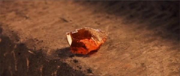 Bí ẩn thuật biến kim loại thành vàng thời xa xưa 4