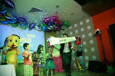 Dịch vụ tổ chức sinh nhật của Vinavui