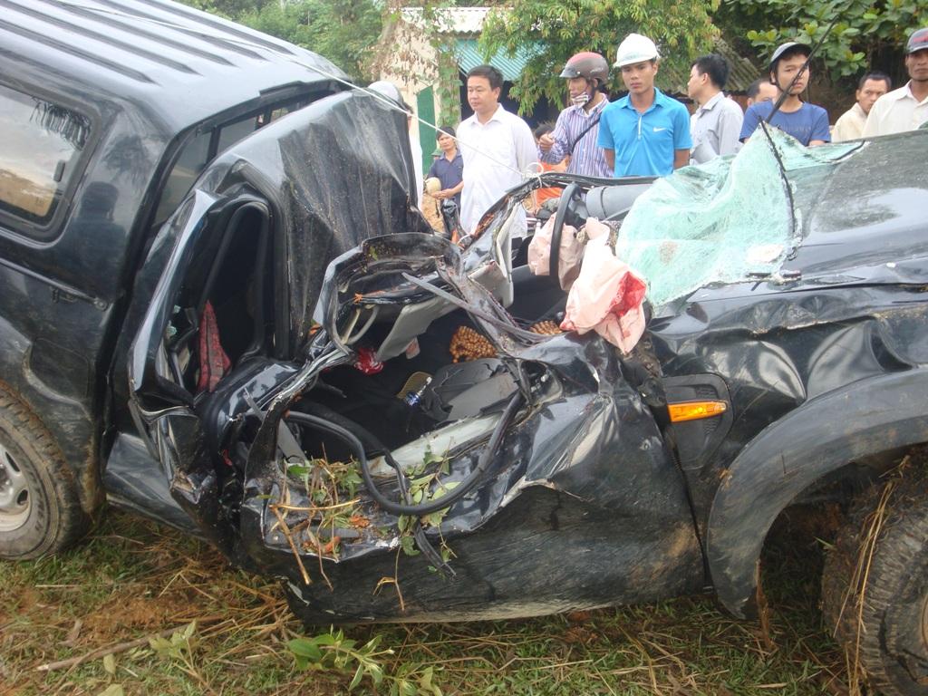 Hiện trường vụ tai nạn khiến kiểm lâm viên Trần Thanh Tùng tử nạn ngày 6.8.2012