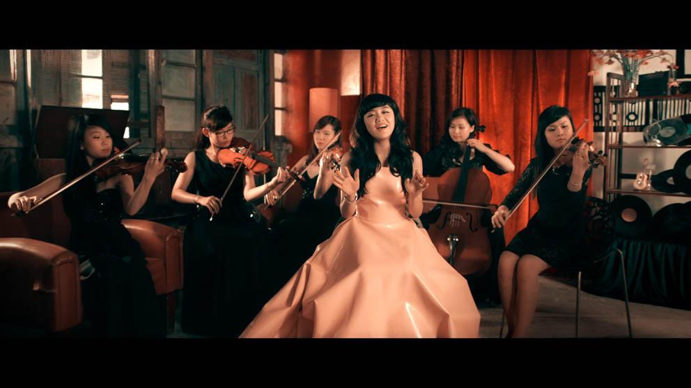 Văn Mai Hương trong MV