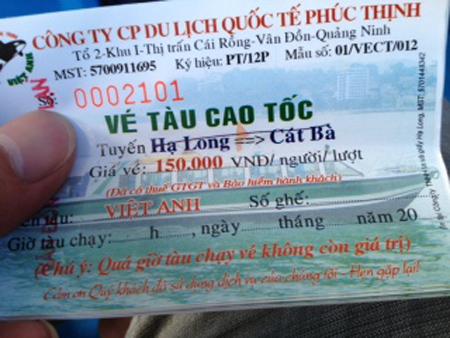 Chiếc tàu 09 - Việt Anh bỏ chuyến bất thường vì… bán vé tràn lan.