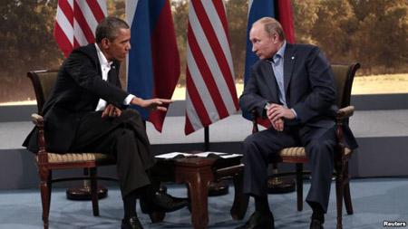 Hai nhà lãnh đạo Nga- Mỹ trong một cuộc gặp thượng đỉnh hồi tháng 6 vừa qua. AP