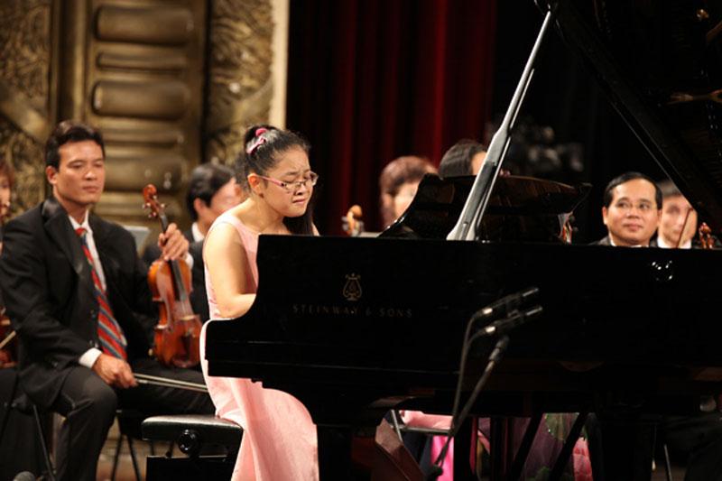 Tài năng trẻ Pianist Linh Chi trong tác phẩm
