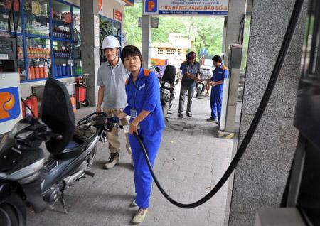 Petrolimex và nhiều doanh nghiệp đang phản ứng việc bị truy thu thuế.